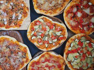 Pizzeria Roma mit leckeren italienischen Essen wie Pizza und Lieferservice in Norden.